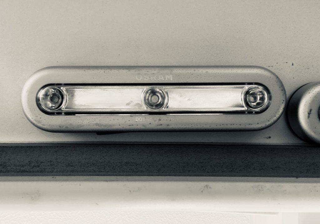 rectangular puck light