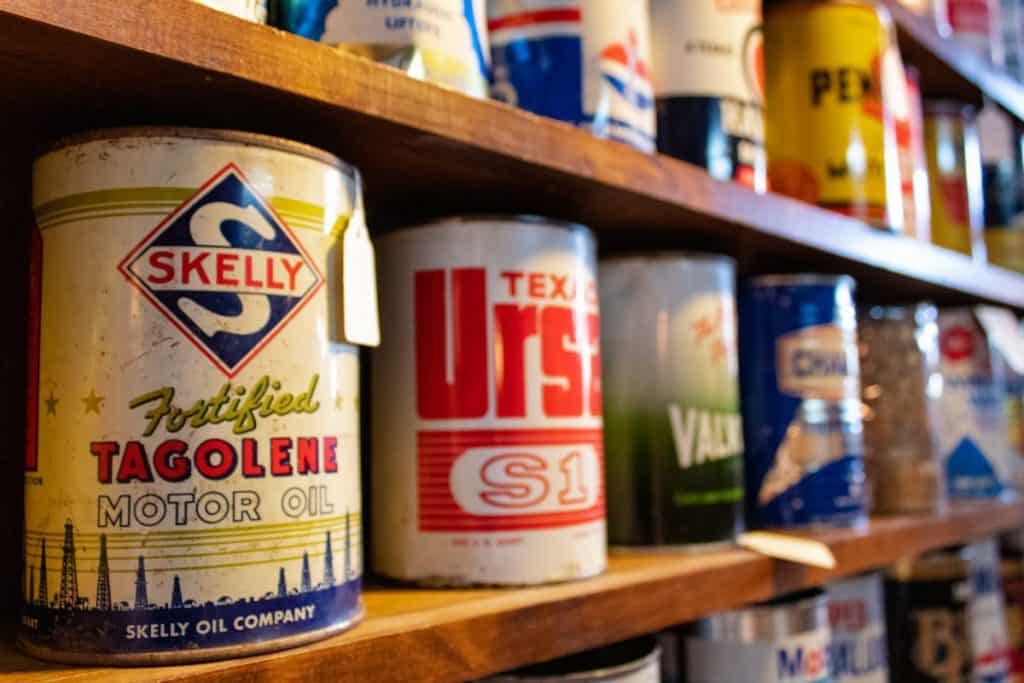 paint and oil cans need ventilation in garages